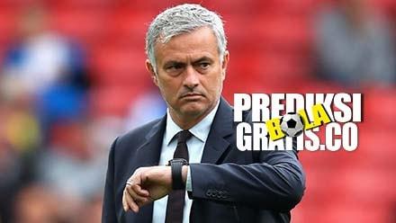 manchester united, jose mourinho, cristiano ronaldo, premier league, liga inggris, rumor transfer, nemanja matic, victor lindelof, chelsea