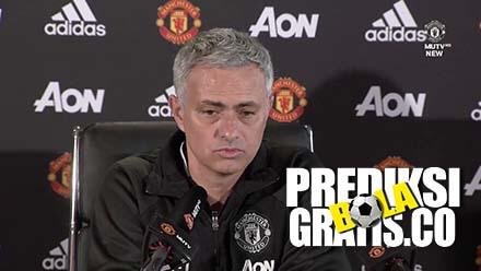 jose mourinho, romelu lukaku, victor lindelof, manchester united