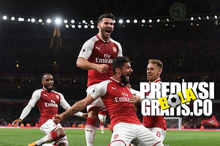 olivier giroud, arsenal, leicester city, premier league