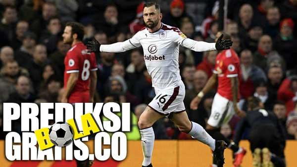 hasil pertandingan, liga inggris, premier league, manchester united, burnley, jesse lingard, zlatan ibrahimovic
