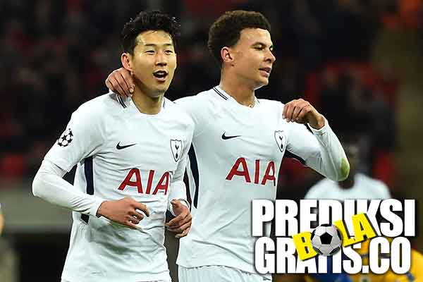 hasil pertandingan, liga inggris, premier league, tottenham vs stoke, spurs, the potters, harry kane