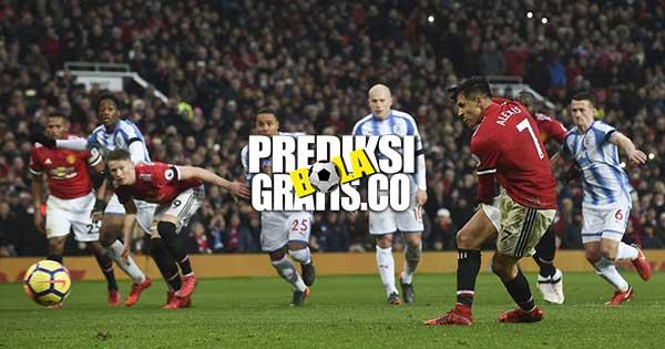 hasil pertandingan, liga inggris, premier league, manchester united vs huddersfield, manhcester united, huddersfield, romelu lukaku, alexis sanchez, paul pogba, juan mata, jesse lingard, jose mourinho