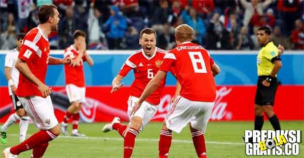 prediksi pertandingan, piala dunia 2018, uruguay vs rusia, uruguay, rusia