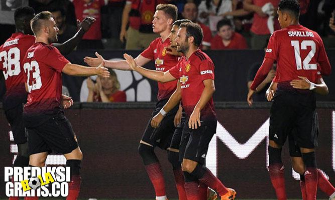 jose mourinho, manchester united, mu, united, premier league, liga inggris, diogo dalot, fred, anthony martial, manchester city